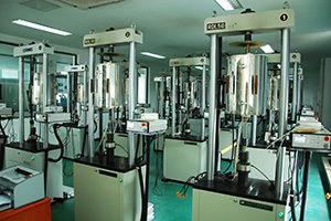Superalloy testing laboratory:high temperature creep & rupture testing machine