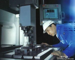 Turbine disc processing equipment