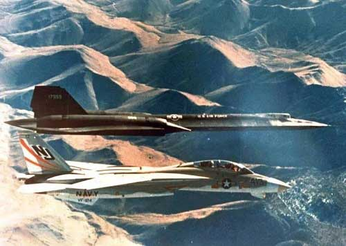 The sr-71 flew in formation with the f-14