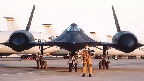 SR-71(Blackbird) has an obvious stealth design